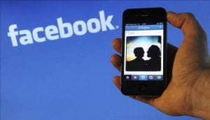 Advantages of TheTruthSpy app for hacking the Facebook conversation